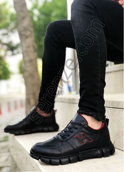 Siyah Bağcıklı Erkek Spor Ayakkabı