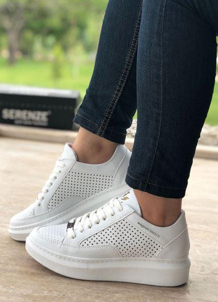 Delikli Yüksek Taban Beyaz Kadın Spor Ayakkabı