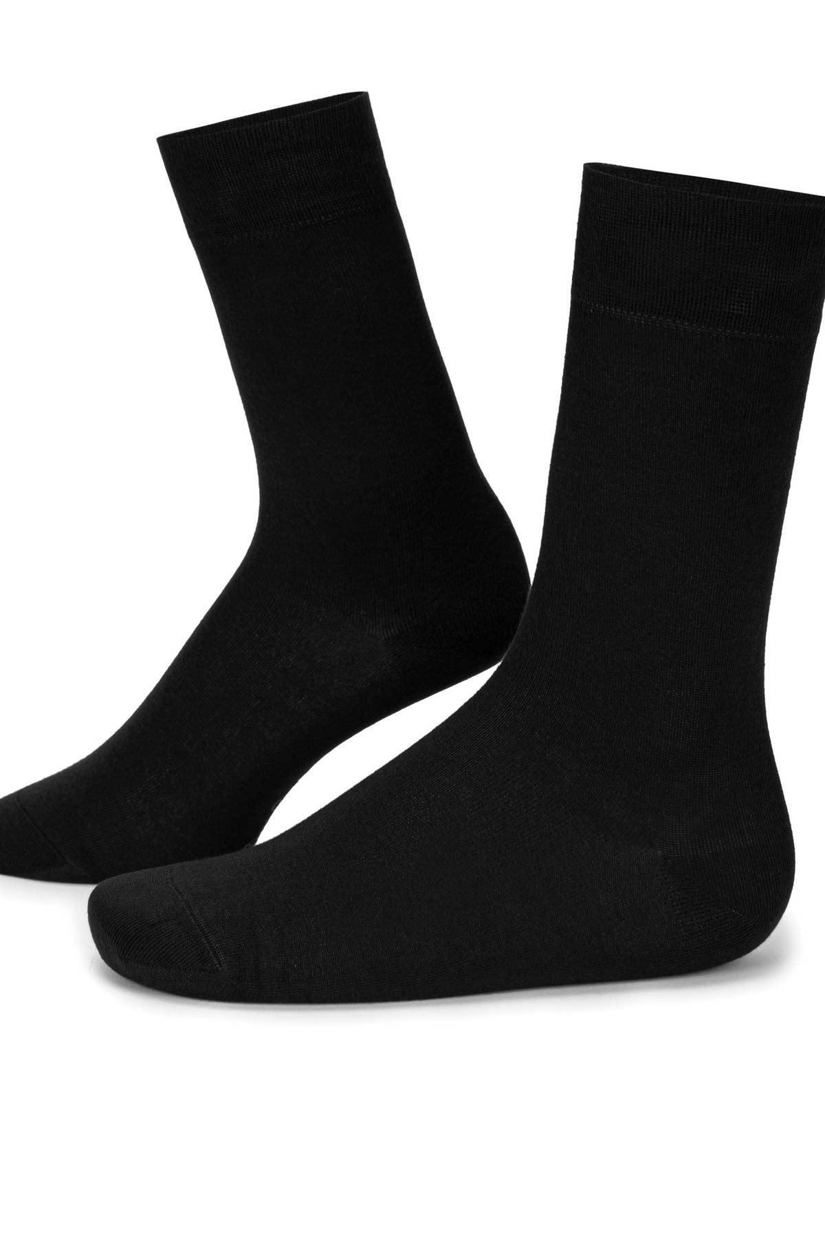 3 Adet Siyah Erkek Uzun Çorap (40-44)