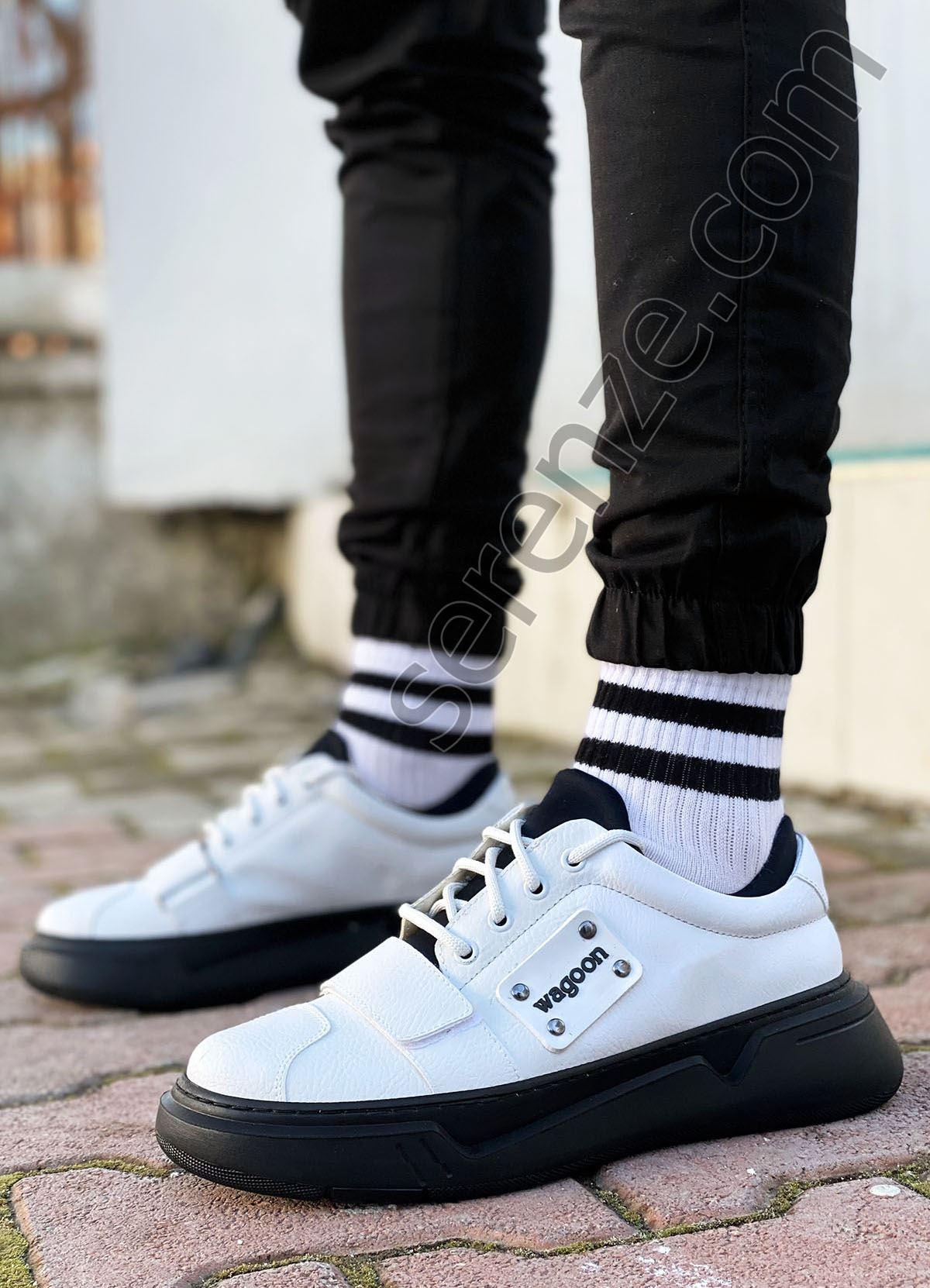 Beyaz Siyah Cırtlı Erkek Spor Ayakkabı