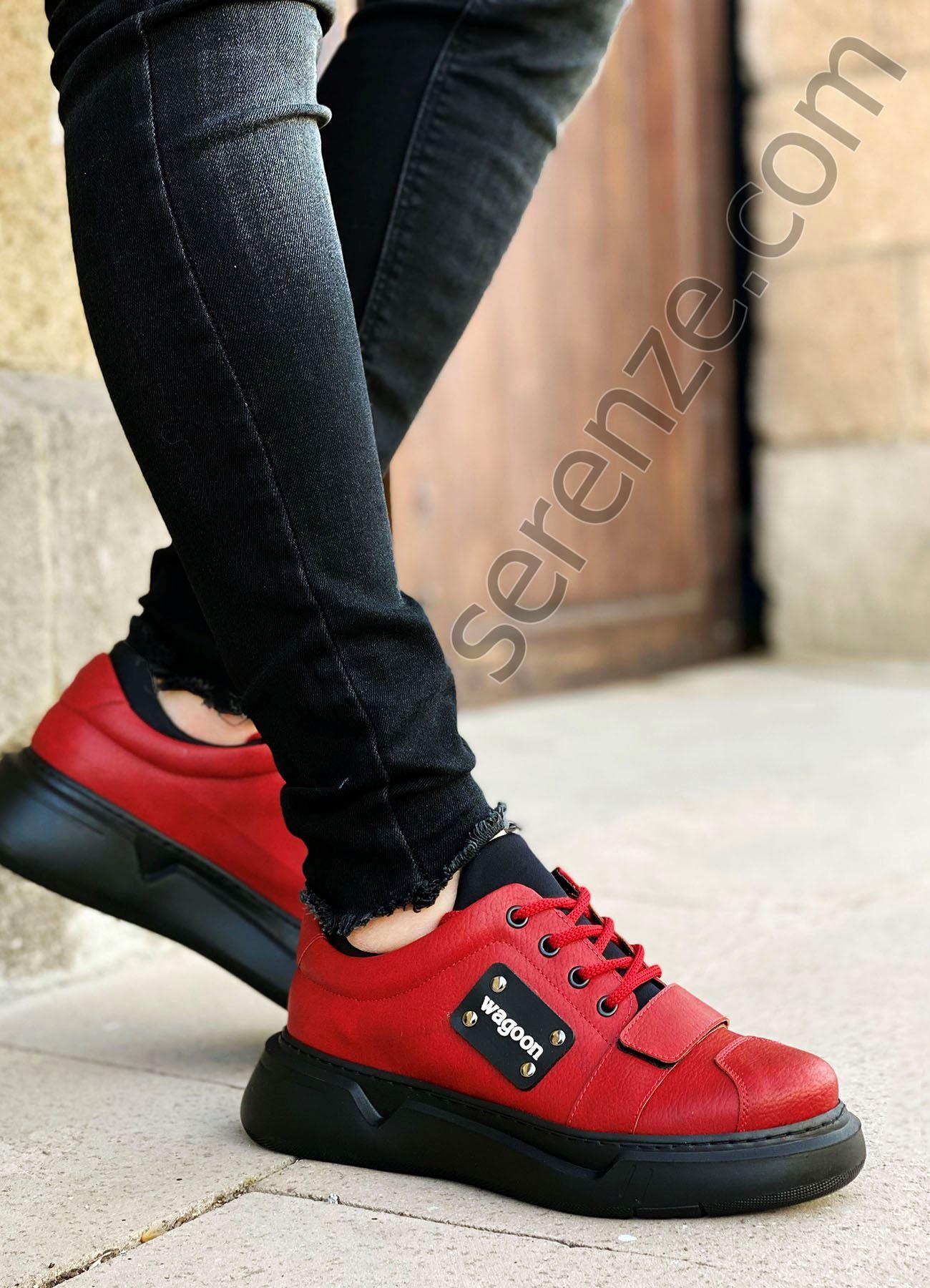 Kırmızı Cırtlı Erkek Spor Ayakkabı