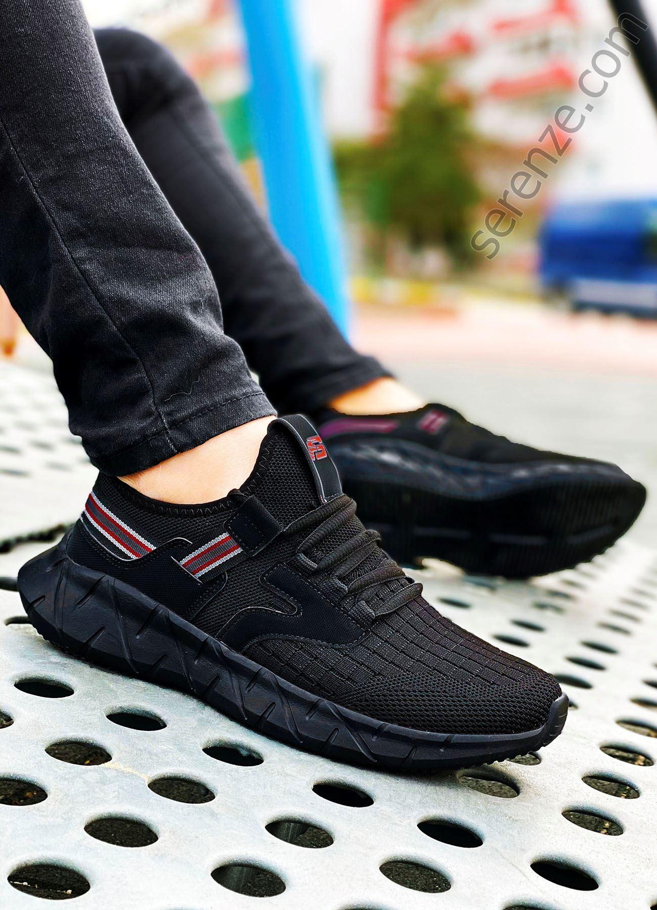 Siyah Bant Detay Erkek Spor Ayakkabı